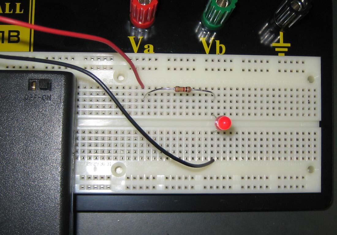 ブレッド ボード 回路 図 ソフト